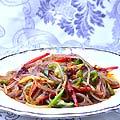 ピントウザ(普通の春雨)の冷菜 680円